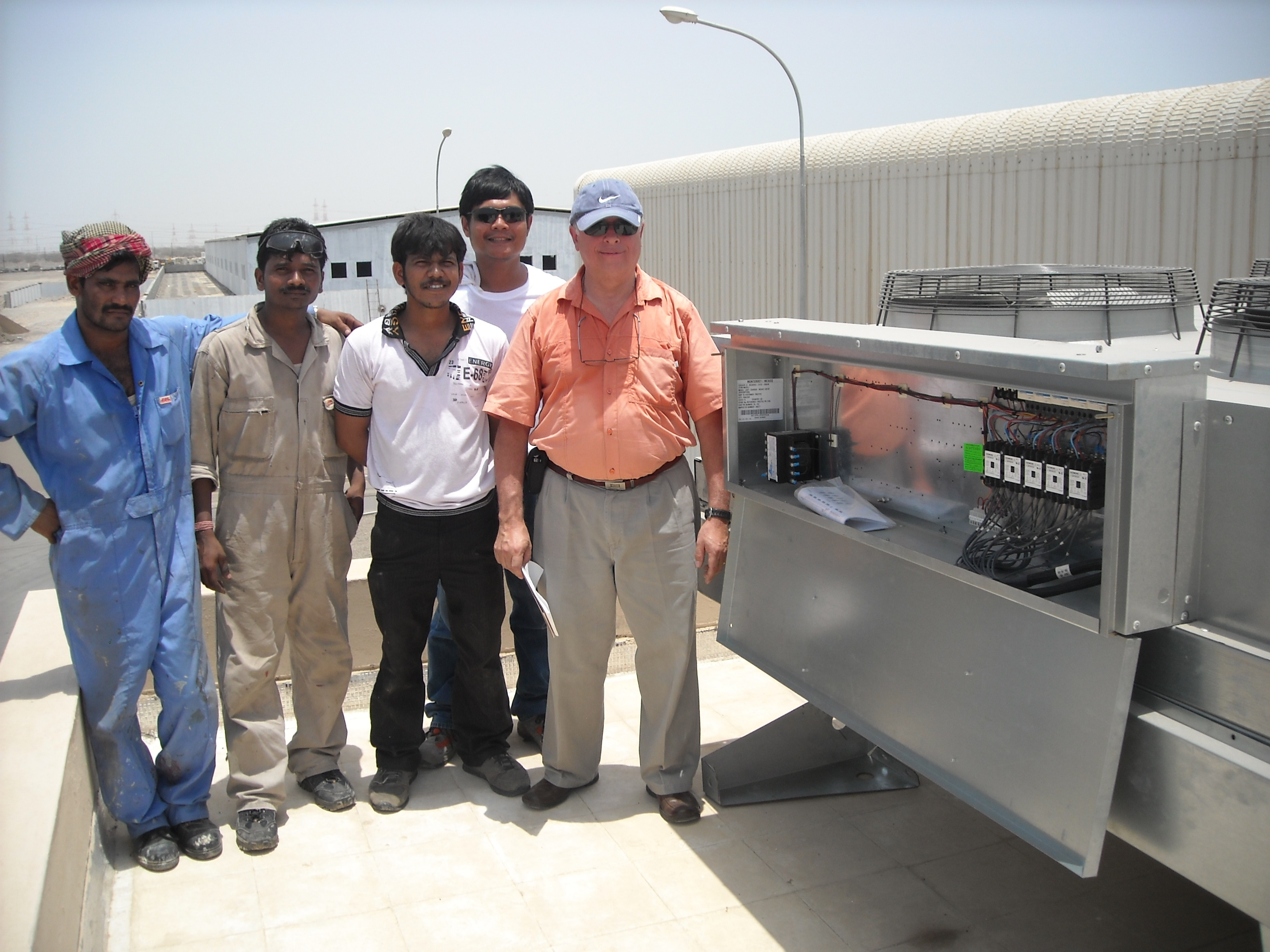 nuestro equipo en Oman. Refrigeración de panadería procesada